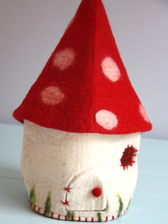 toadstool house 1