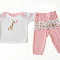 Giraffe top & pant set Size 1-2 years
