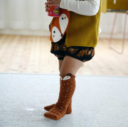raccoon knee socks brown