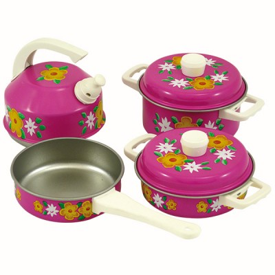 pink mini saucepan set