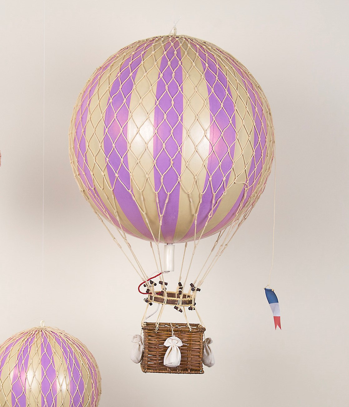 Vintage Hot Air Balloon – Lilac